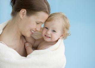 wspólna kąpiel z niemowlęciem
