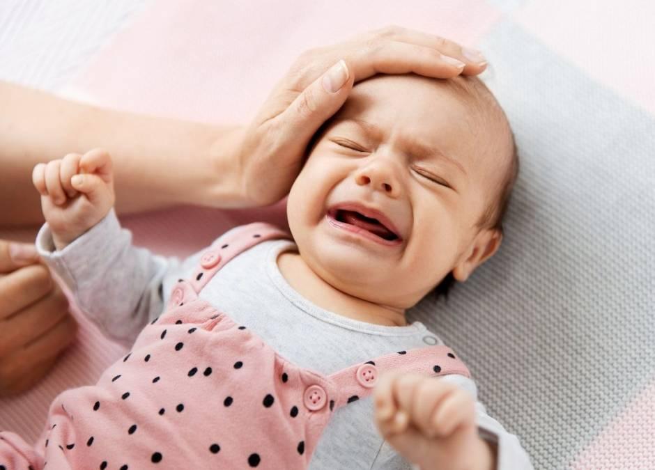 wymioty u niemowlaka