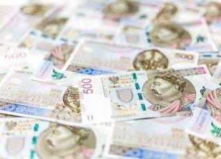 Będzie problem z wypłatami 500 plus? Pracownicy socjalni grożą strajkiem