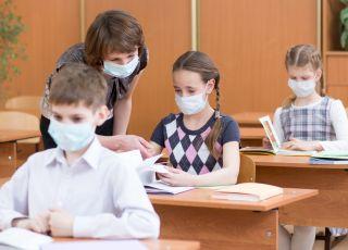 Wzrost zakażeń koronawirusem. Zamknięcie szkół jako rozwiązanie problemu!