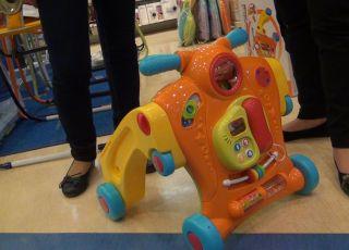 zabawki dla dzieci, jeździk dla dzieci, Smyk