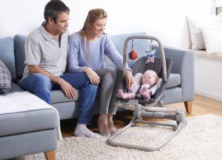 Jak bawić się z maluchem, by wspomagać jego rozwój mowy? Podpowiadamy!