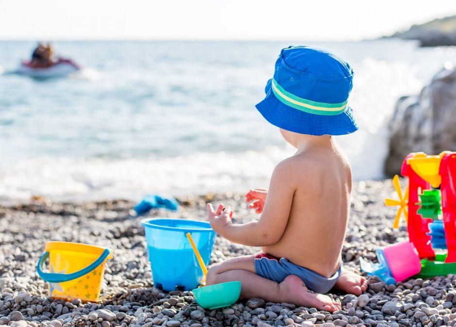 zabawki na plażę