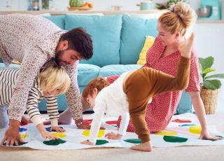 zabawy z mamą i tatą