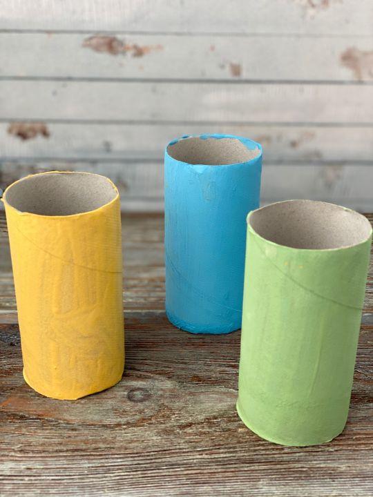zajączek z rolki po papierze toaletowym oklejone rolki