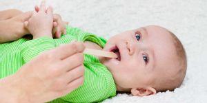 zapalenie jamy ustnej u dziecka, afty u dziecka, opryszczkowe zapalenie jamy ustnej, aftowe zapalenie jamy ustnej u dziecka