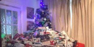 Zdjęcie choinki z setkami prezentów podbija Internet