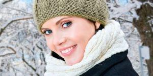 zima, kobieta, ciąża, czapka, szalik