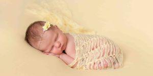 żółtaczka noworodka, bilirubina, fototerapia, żółtaczka fizjologiczna, żółtaczka a karmienie piersią, zażółcenie skóry