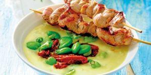 Zupa serowa z bobem z szaszłykami z polędwiczki