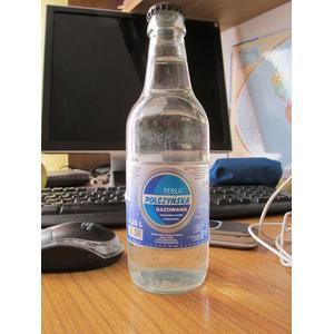 Woda stołowa Perła Połczyńska Gazowana marki GS Samopomoc Chłopska - zdjęcie nr 1 - Bangla