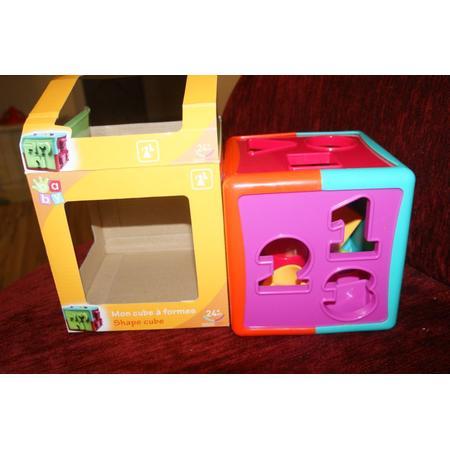 My Shape Cube, Moja kostka z otworami o różnych kształtach marki Auchan - zdjęcie nr 1 - Bangla