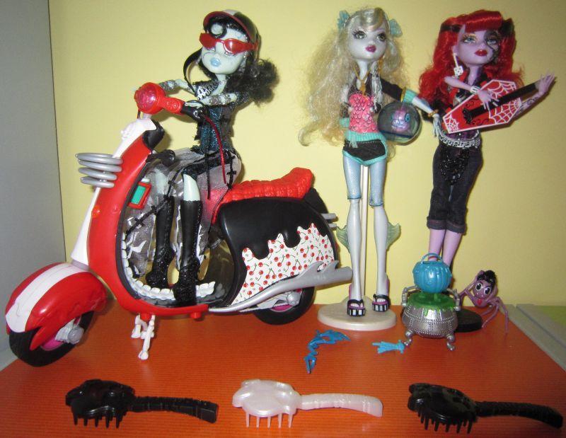 Mattel Barbie  Monster High Upiorni Uczniowie  R    Ne Lalki